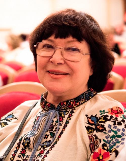 Кадирова Лариса